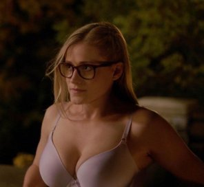 amateur photo Olivia Taylor Dudley