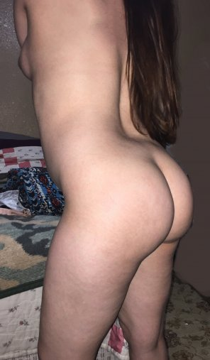 amateur photo Original ContentSome side booty