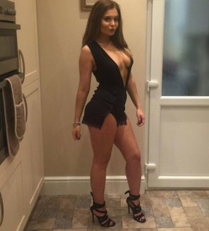 amateur photo Black Dress and High Heels