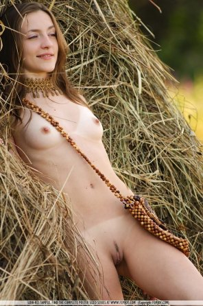 amateur photo Naked In The Hay