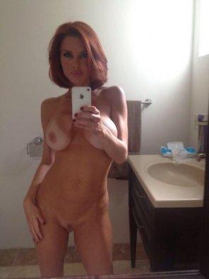 amateur photo U like tan ?