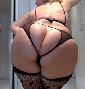 amateur photo Juicy milf ass