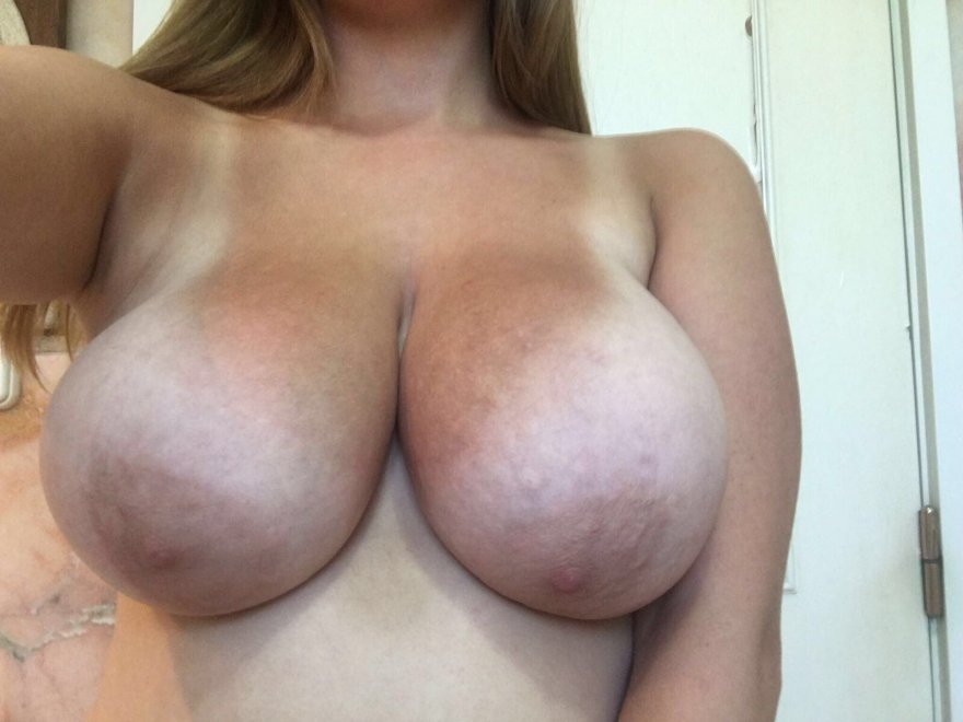 lets play guess the bra size Porn Photo