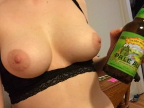 amateur photo Beer & Titties [f] 😘