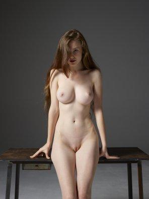 amateur photo Emily