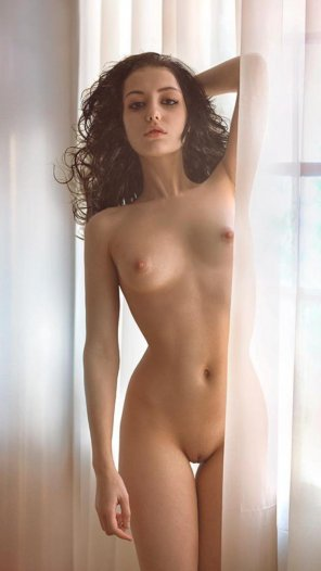 amateur photo Thin drapes