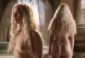amateur photo Season 1 Emilia Clarke had a PHAT ass