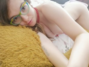amateur photo I'm wearing Only my funky green glasses. [F]