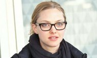 Amanda Seyfried, with glasses and no makeup