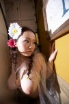 amateur photo Flowers in her hair