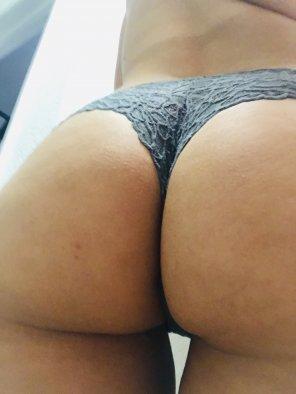 amateur photo My panties always end up looking like thongs 😋