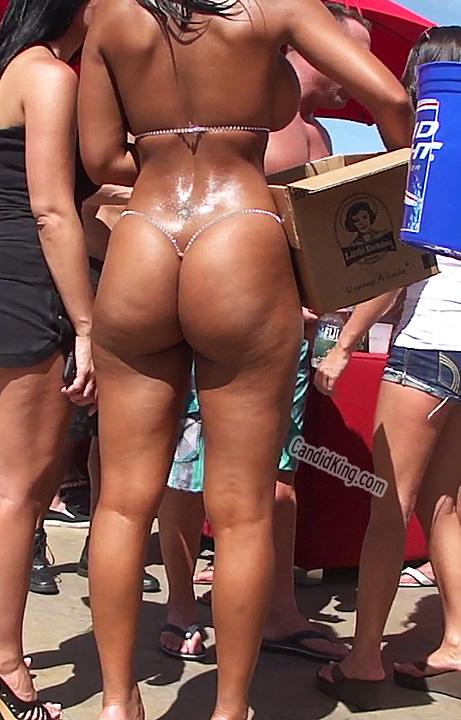 Bikinis pjotos smallest intelligible