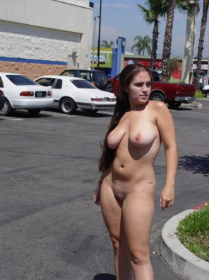 amateur photo busty in the parking lot