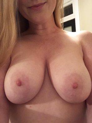 amateur photo Ginger titties [f]