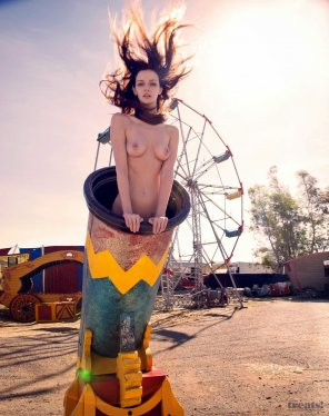 amateur photo Lydia Hearst Nude Photos At The Circus For Treats Magazine
