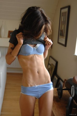 amateur photo Hard body