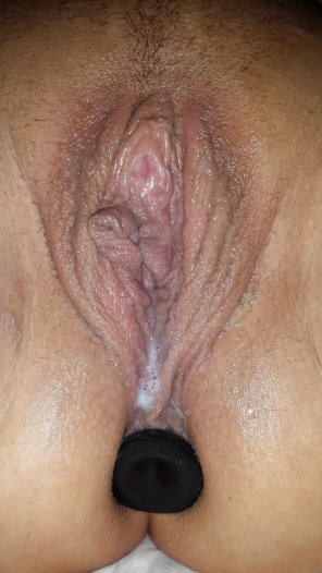 amateur photo wet pussy ass plugged