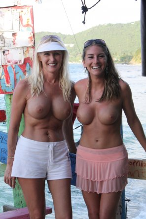 amateur photo Going topless on vacation
