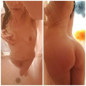 amateur photo Front/back in the shower f/36