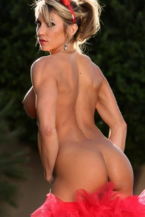 amateur photo Abby Marie's perfectly tanned ass