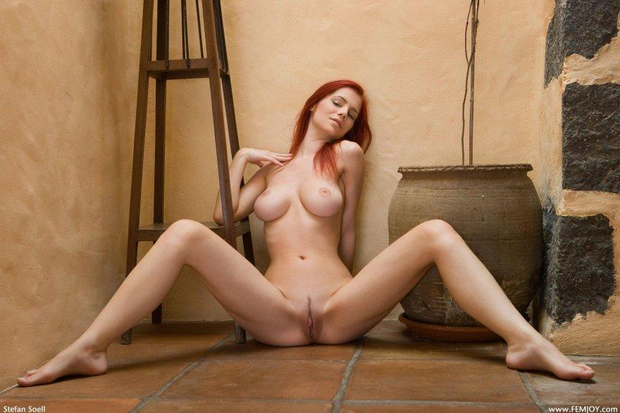 Ariel Porn Photo