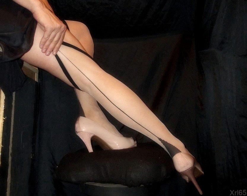 Cuban Heels Porn Photo
