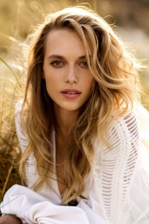 amateur photo Hannah Ferguson