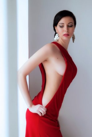 amateur photo Red dress shows some side