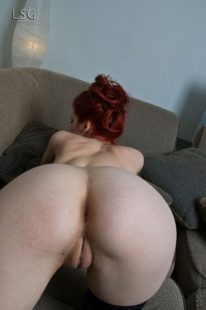 amateur photo Waiting to be spank...