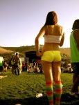 amateur photo Yellow shorts