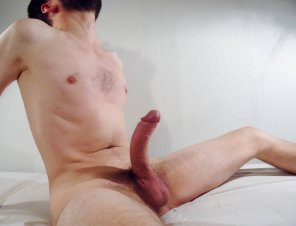 amateur photo [M] Come and sit on my lap