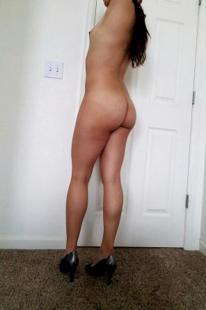 amateur photo Horny in Heels! [album in comments]