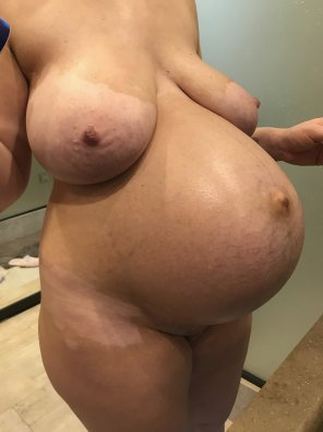 amateur photo My pregnant wife currently 39w. Hope u enjoy!