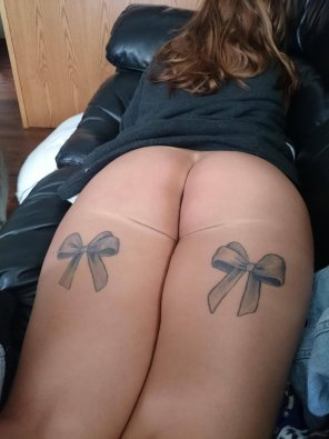 amateur photo Ass and bows