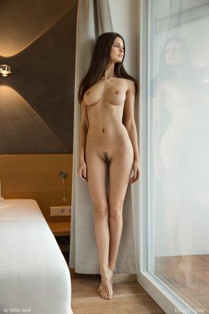 amateur photo Hotel room hottie