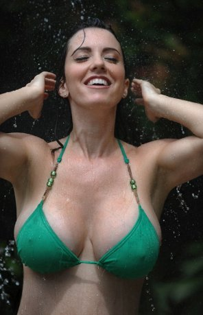 amateur photo Wet green bikini