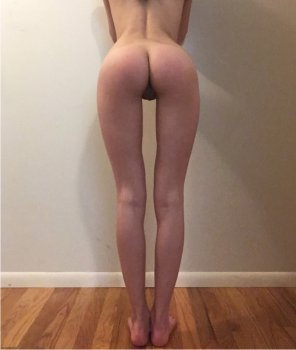 amateur photo Cassy Lau, 20 yo spanking model