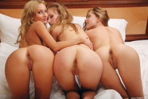 amateur photo Triple the pleasure