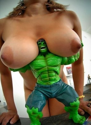 amateur photo Hulk is so strong!