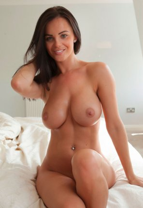 amateur photo On the bed