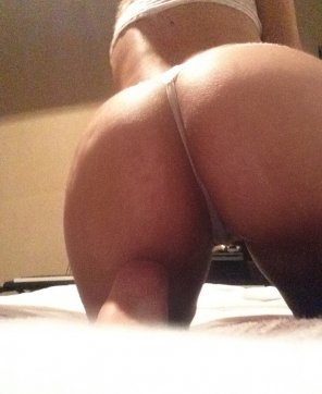 amateur photo My ass needs to be pounded and eaten 🤤😚