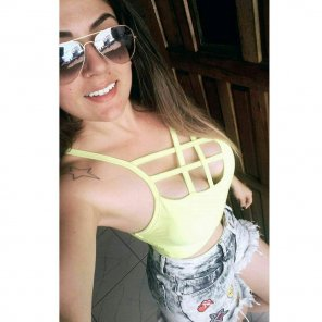 amateur photo Brazilian girl