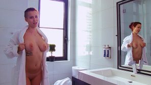amateur photo Ginger Red Taking a Shower