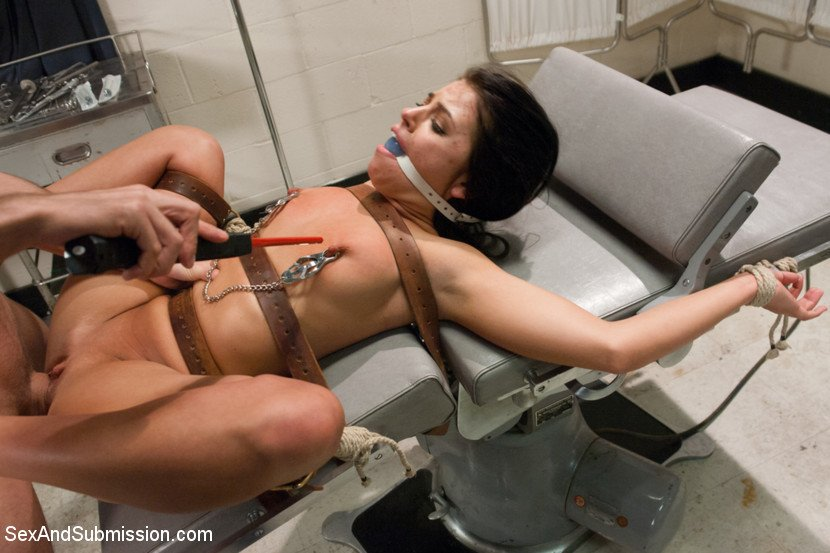Rough Lesbian Sex Brazzers