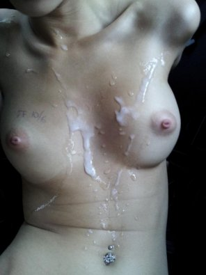 amateur photo Beautiful Creamed Body