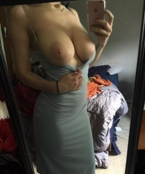 amateur photo amazing mirror selfie