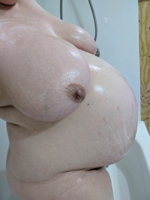 amateur photo Very wet and ready to pop!