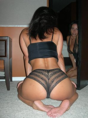 amateur photo Milf on her knees