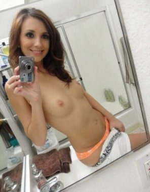 amateur photo Petite Brunette In The Mirror