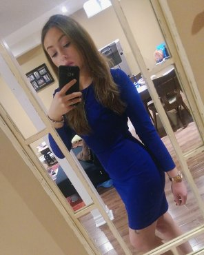 amateur photo Little blue dress